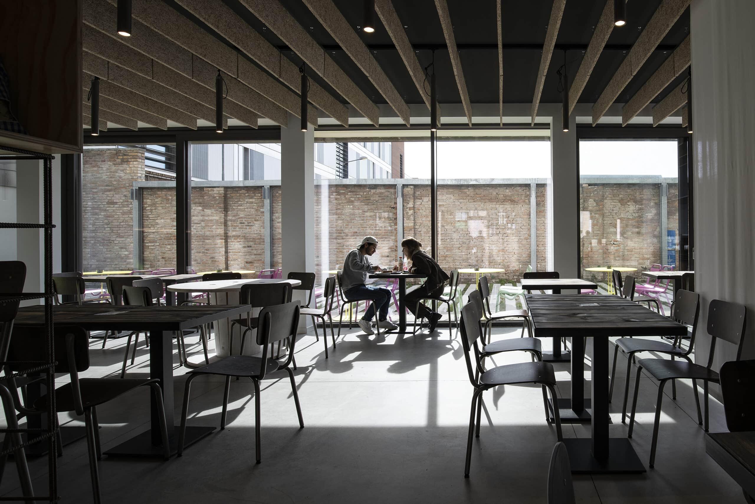 Humus Restaurant_7